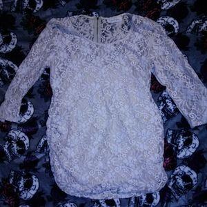 Jessica Simpson lace maternity top